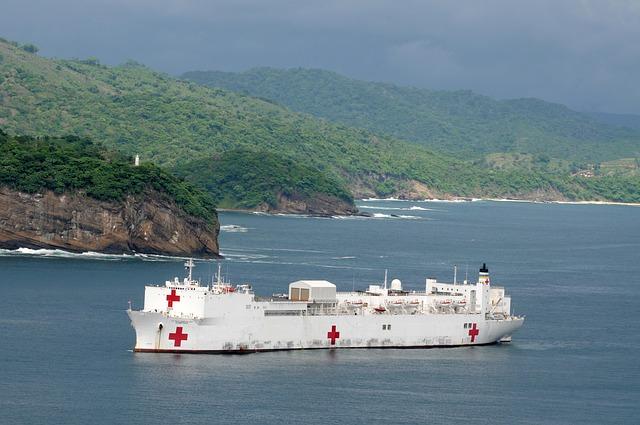 zdravotnická loď