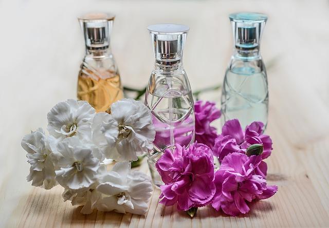 parfémy v lahvičkách